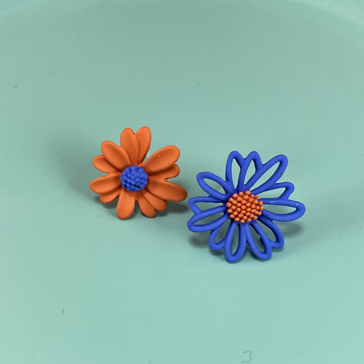 Blue & Orange Daisy Asymmetrical Studs